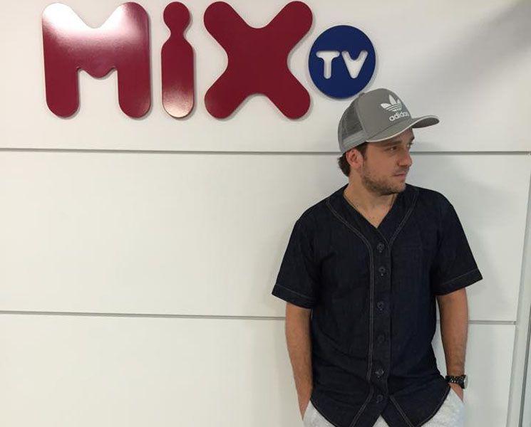 caco de castro mix tv