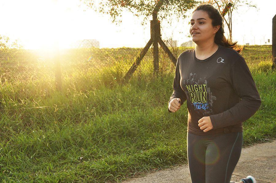 A estudante Isabella Marão admite sentir dificuldades de se exercitar no frio