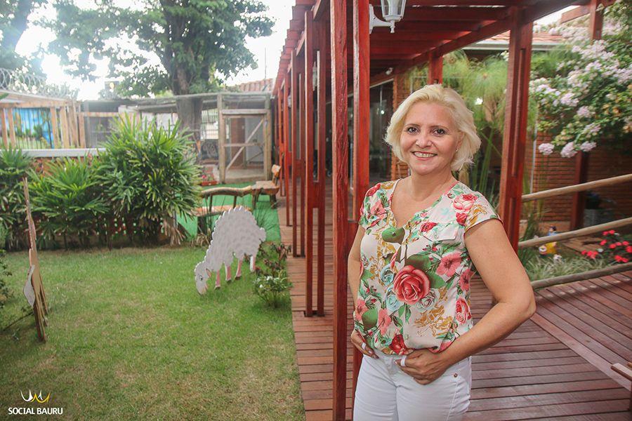 Rosângela Campos de Souza é a proprietária do residencial geriátrico Florence
