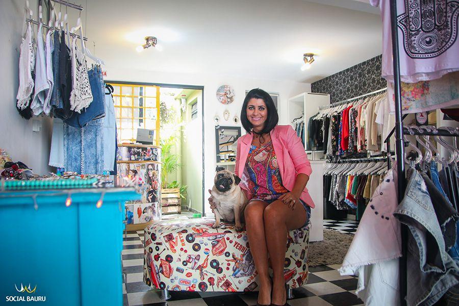 Gisele Giavarina é advogada e proprietária da loja VintaGi, de Bauru
