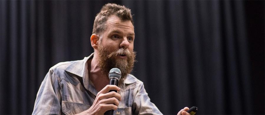"""Marcos Piangers, autor do livro """"O papai é pop"""" faz palestra em Bauru"""