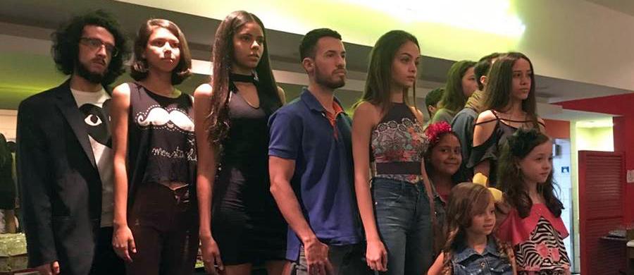 6affa3ef53 Desfile traz diversidade na moda e intervenções artísticas para Bauru