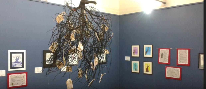 Artes visuais e poesia estão presentes na nova exposição gratuita em Bauru