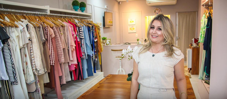 32f59049f Loja de roupas femininas oferece produtos diferenciados e para toda a hora  do dia