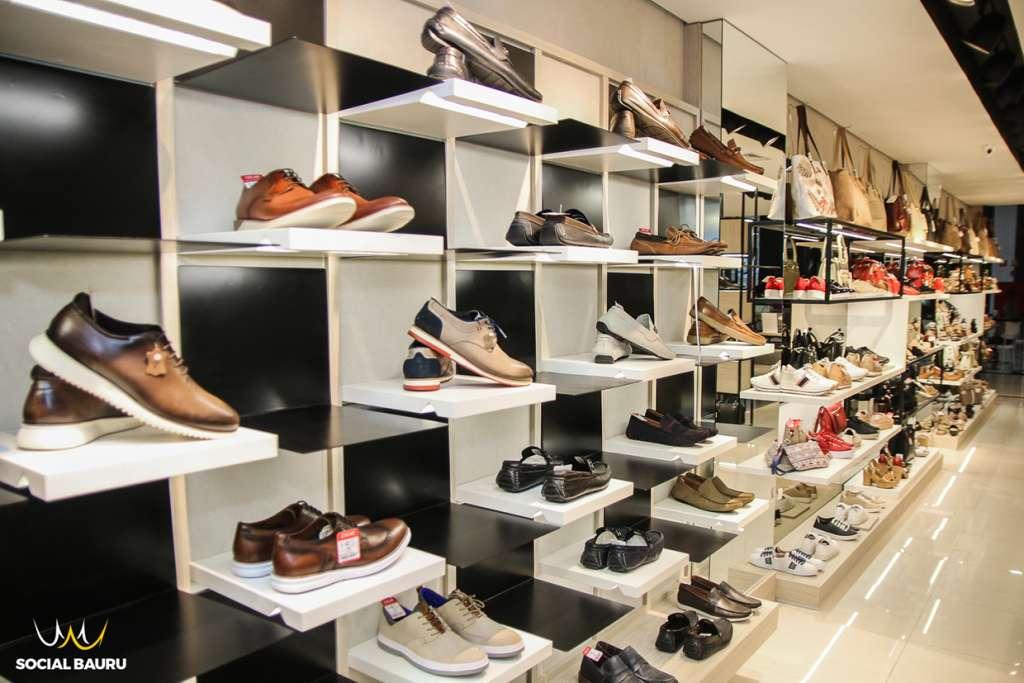 f063ad0d34ff A Oscar Calçados de Bauru foi inaugurada no dia 1º de agosto, com a  proposta de criar uma loja conceito, com investimentos em um arrojado  visual merchandise ...