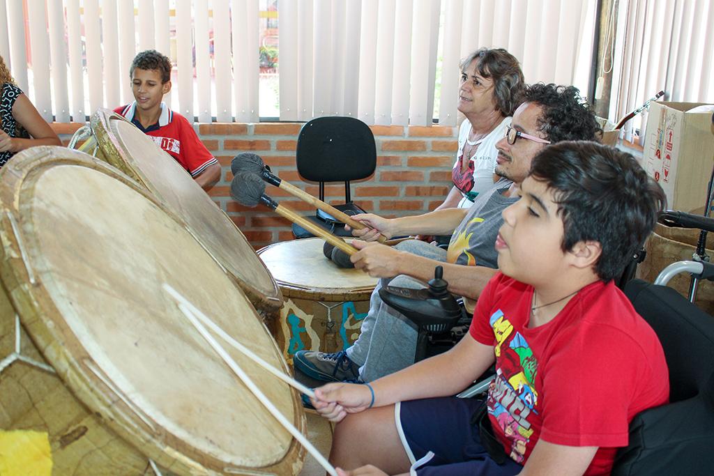 """espetáculo """"O Rei Leão"""" organizado pela SORRI-BAURU"""