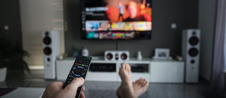 Confira 120 novidades dos streamings em abril para maratonar em casa